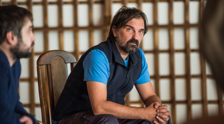 Leon Lučev u prizoru snimljenom u hotelu Bistrica na Jahorini (iz filma 'Muškarci ne plaču')
