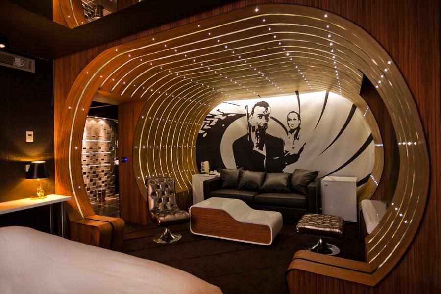 Interijer jedne od soba u The Seven Hotelu u Parizu