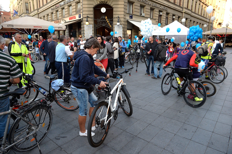 Zagreb, rujan 2016. godine: U okviru Europskog tjedna mobilnosti održana je  tradicionalna biciklistička vožnja gradom