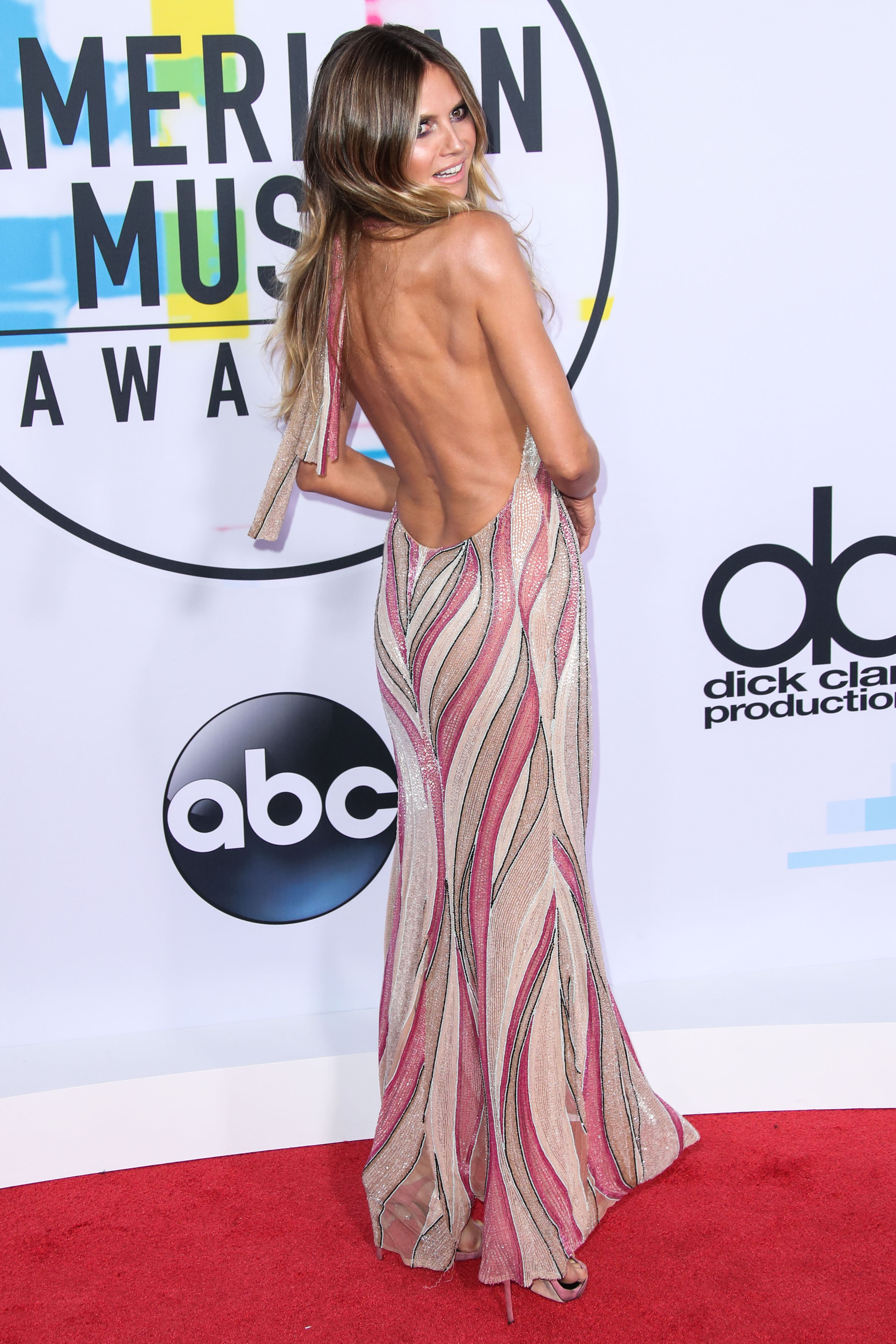 LOS ANGELES, CA, USA - NOVEMBER 19: 2017 American Music Awards held at the Microsoft Theatre L.A. Live on November 19, 2017 in Los Angeles, California, United States. (Photo by Xavier Collin/Image Press Agency/Splash News) <P> Pictured: Heidi Klum <B>Ref: SPL1627110  191117  </B><BR/> Picture by: Xavier Collin/IPA/Splash News<BR/> </P><P> <B>Splash News and Pictures</B><BR/> Los Angeles:310-821-2666<BR/> New York:212-619-2666<BR/> London:870-934-2666<BR/> <span id=