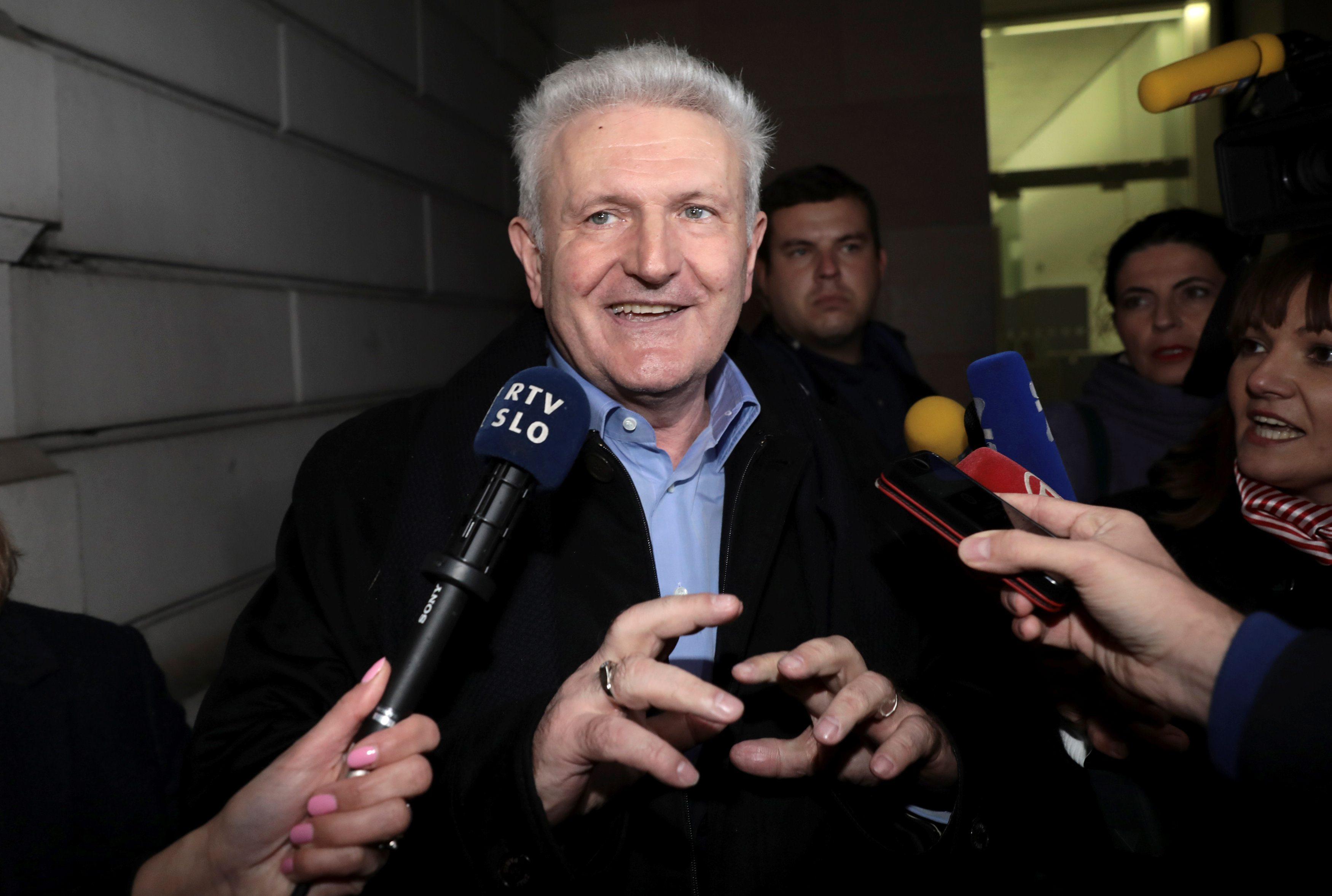 Ivica Todorić pred novinarima u Londonu nakon što je pušten uz jamčevinu