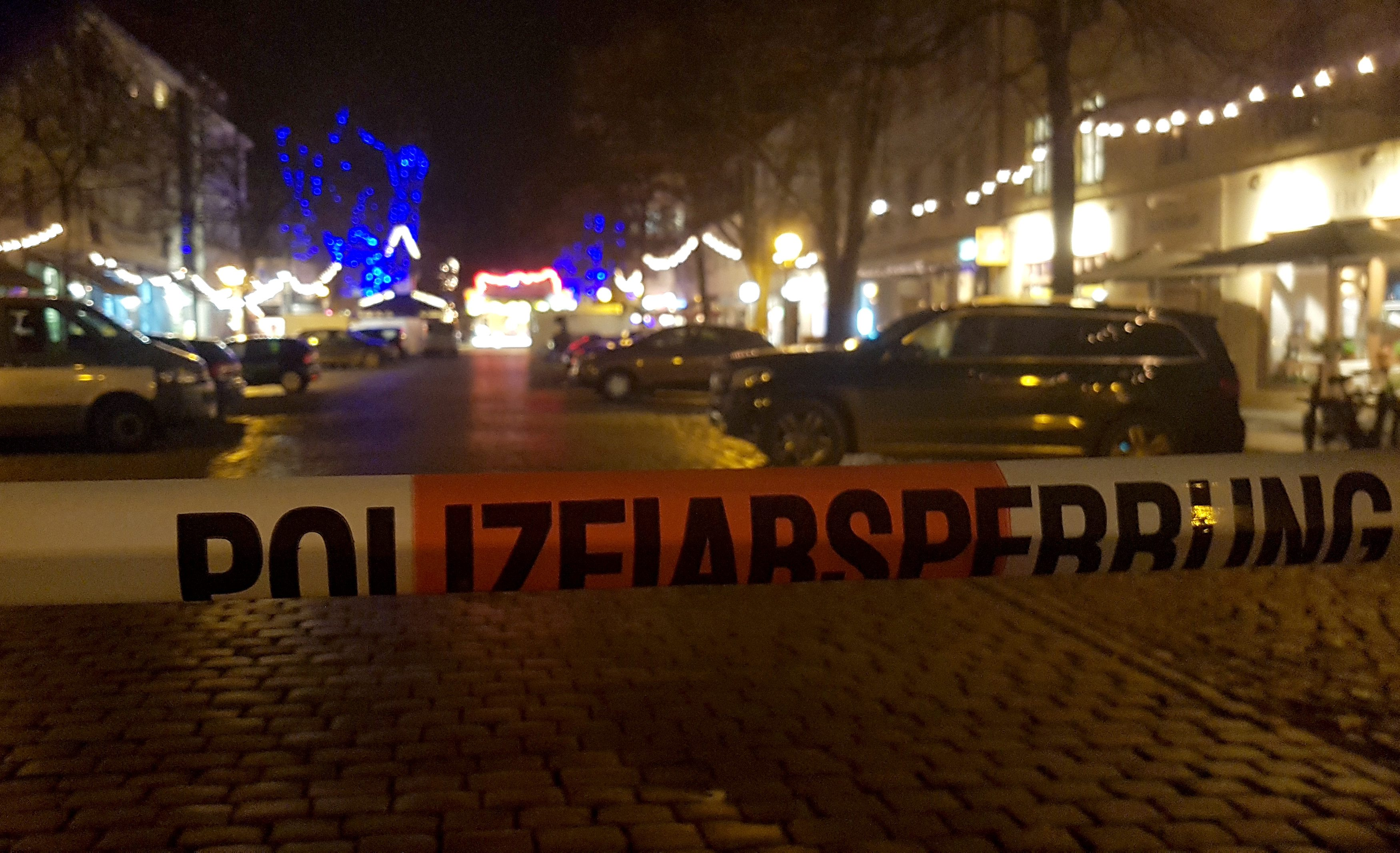 2017-12-01T163713Z_2081910824_RC1C59A2EAC0_RTRMADP_3_GERMANY-SECURITY-POTSDAM