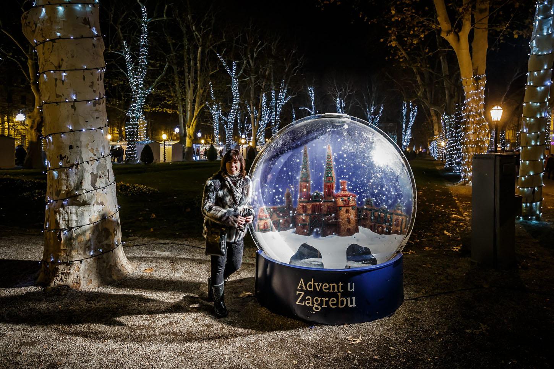 Zagreb, 061217.  Zagreb u adventsko vrijeme je dokazano jedno od najljepsih bozicnih destinacija u Europi. Na fotografiji: Zrinjevac. Foto: Zvonimir Barisin / CROPIX