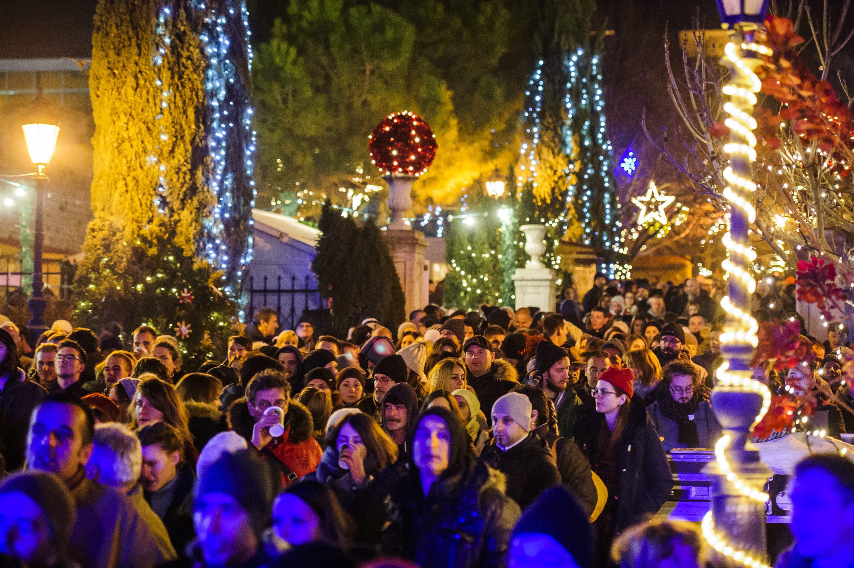 Sibenik, 010117. Repriza doceka Nove godine uz koncert benda Elemental na Adventuri. Foto: Niksa Stipanicev / CROPIX