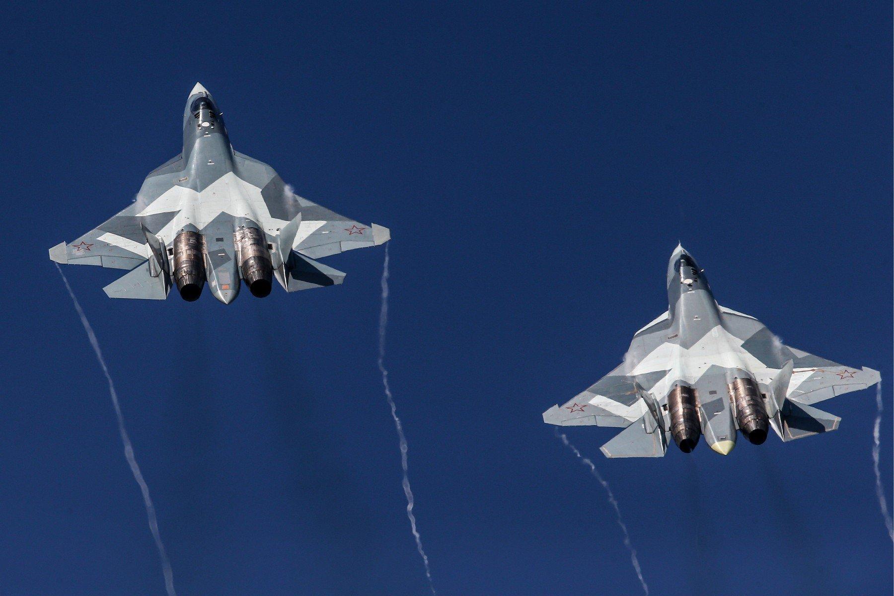 Suhoj Su-57 u letu