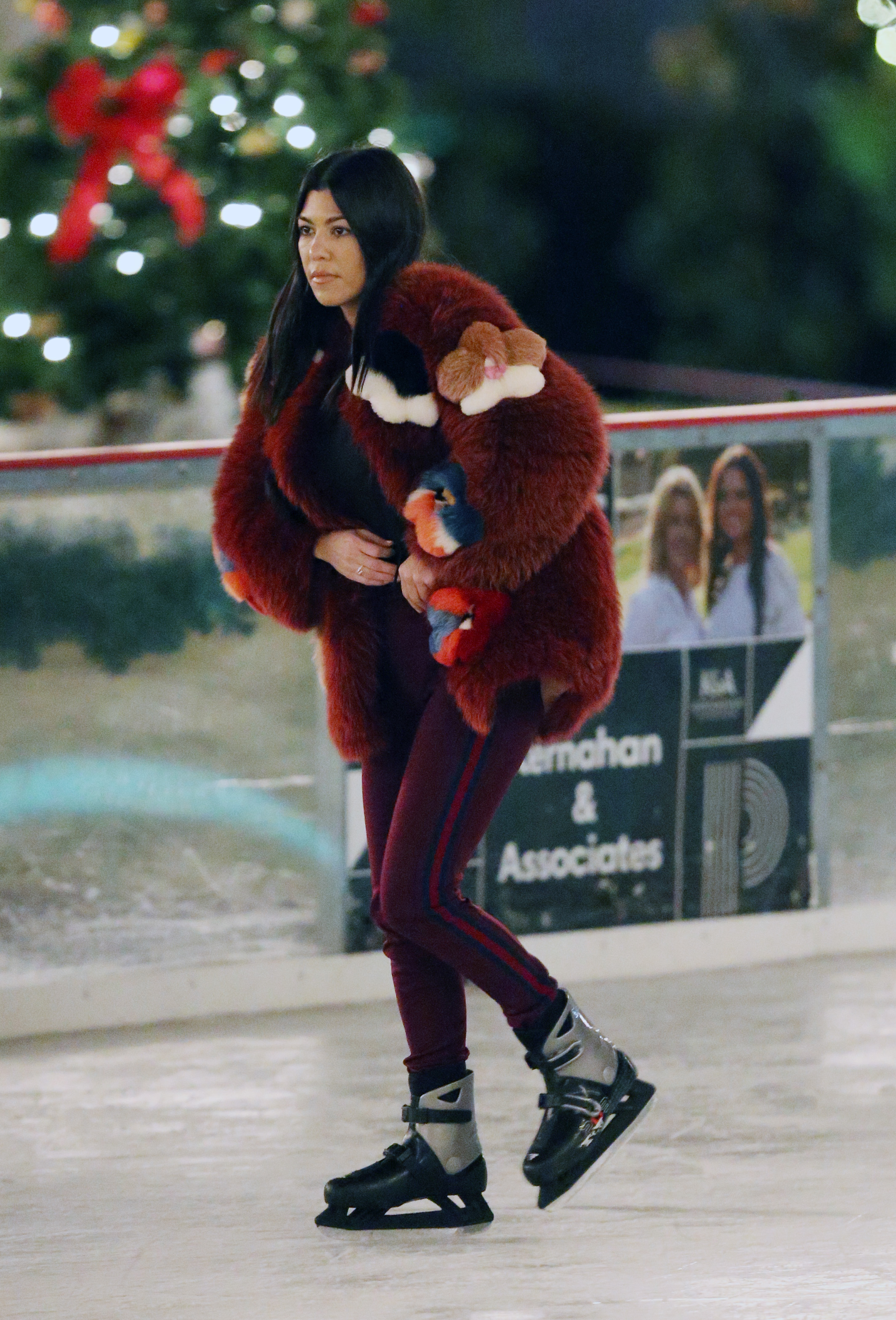 Kourtney Kardashian and boyfriend Younes Bendjima ice skating with Penelope and North at a christmas party in Thousand Oaks <P> Pictured: Kourtney Kardashian and Younes Bendjima,Penelope and North  <B>Ref: SPL1640275  231217  </B><BR/> Picture by: Brewer / Prahl / Splash News<BR/> </P><P> <B>Splash News and Pictures</B><BR/> Los Angeles:310-821-2666<BR/> New York:212-619-2666<BR/> London:870-934-2666<BR/> <span id=
