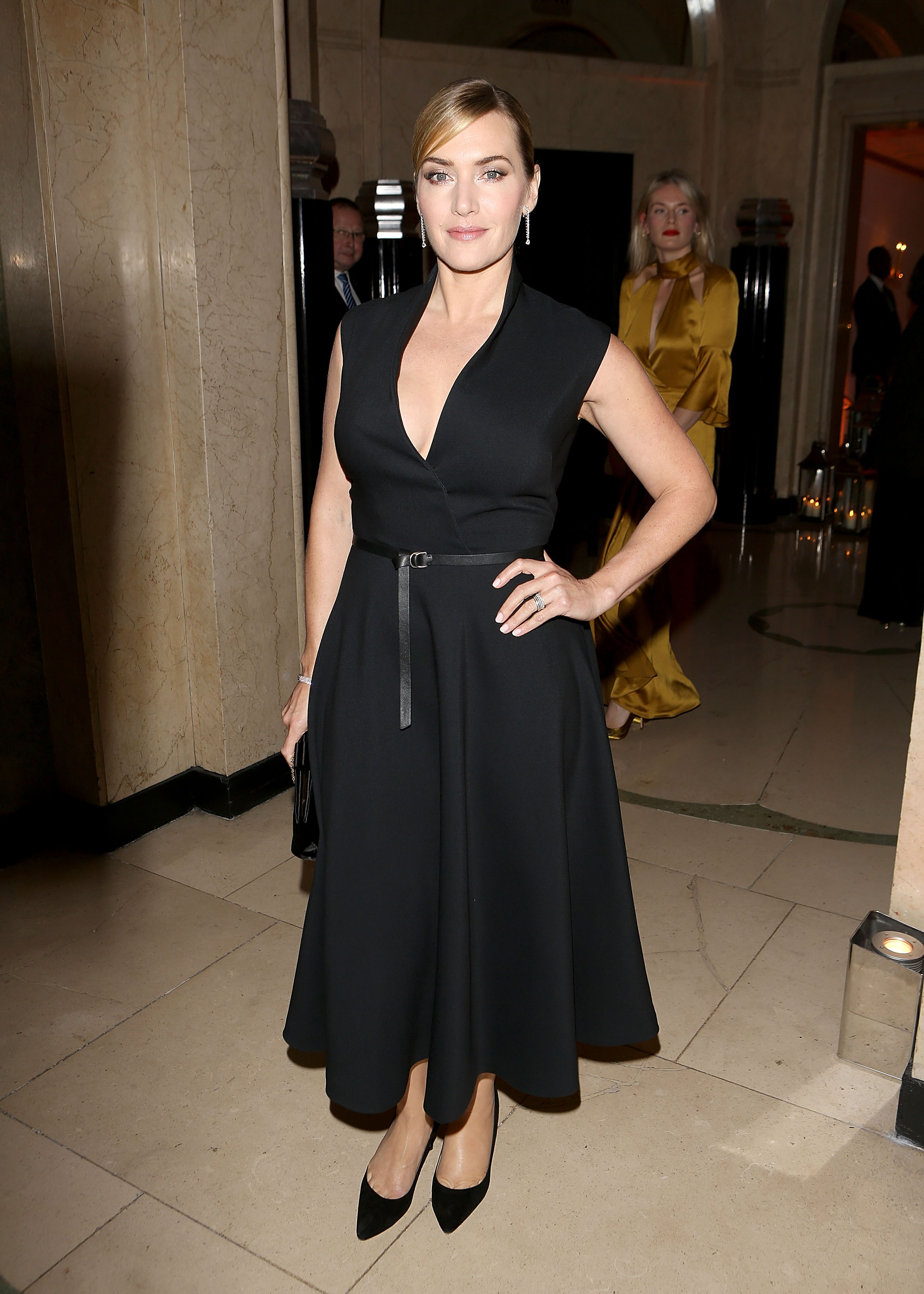 LONDON, ENGLAND - NOVEMBER 02:  Kate Winslet attends the Harper's Bazaar Women of the Year Awards at Claridge's Hotel on November 2, 2017 in London, England.  (Photo by David M. Benett/Dave Benett/Getty Images for Mercedes-Benz)