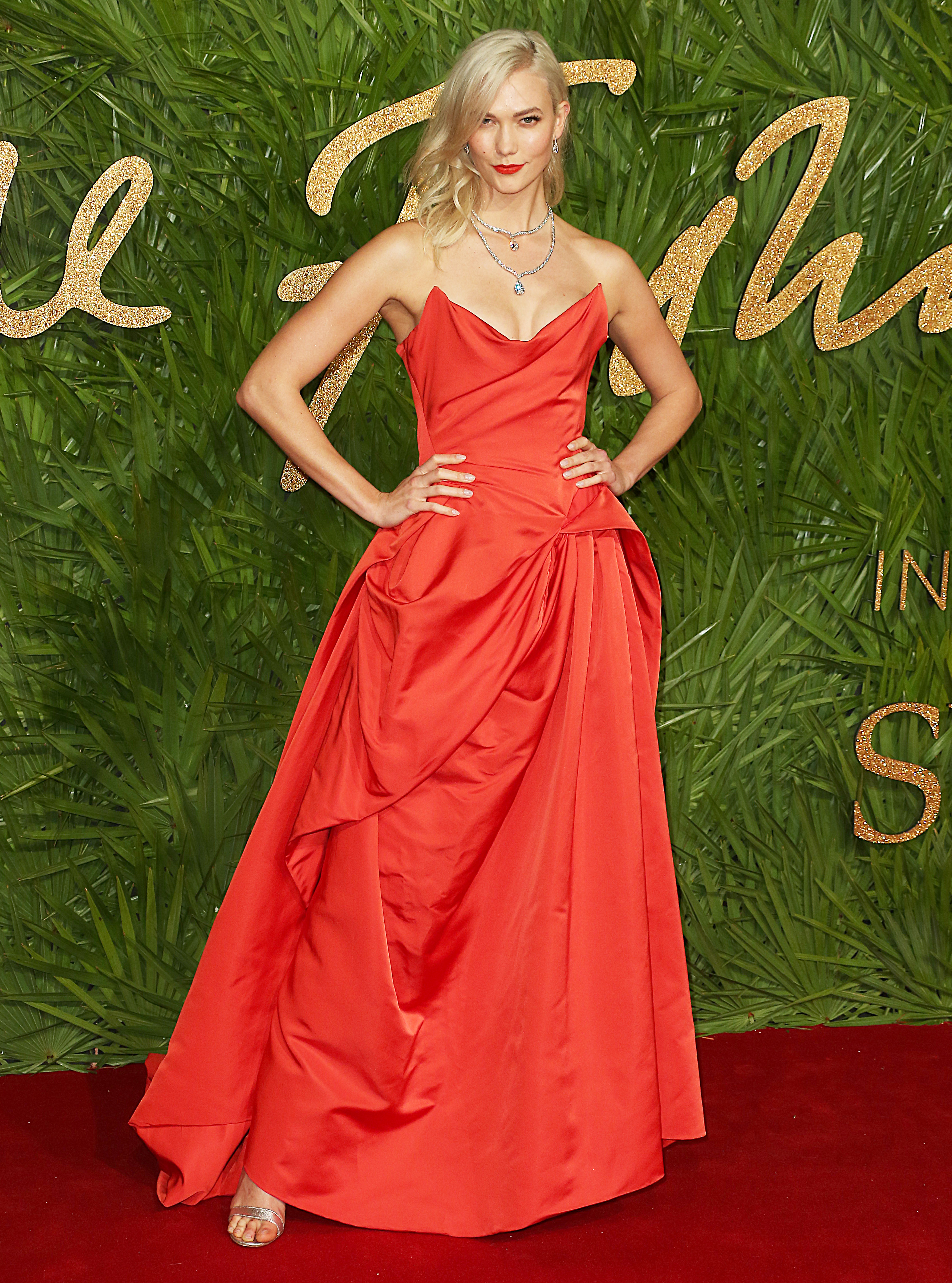 The Fashion Awards 2017, Royal Albert Hall, London UK, 04 December 2017, Photo by Brett D. Cove <P> Pictured: Karlie Kloss <B>Ref: SPL1632930  051217  </B><BR/> Picture by: Brett D. Cove / Splash News<BR/> </P><P> <B>Splash News and Pictures</B><BR/> Los Angeles:310-821-2666<BR/> New York:212-619-2666<BR/> London:870-934-2666<BR/> <span id=
