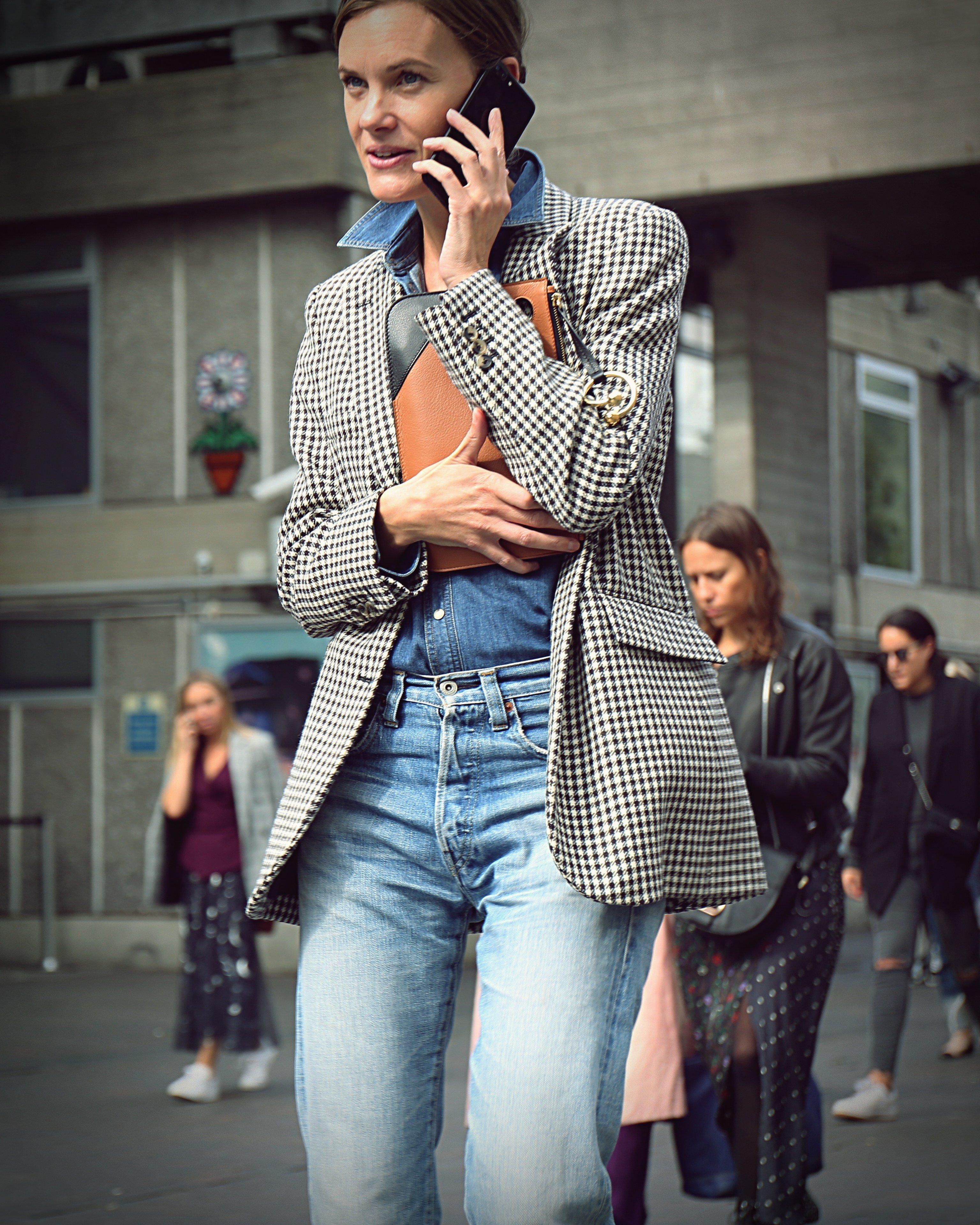 September 17, 2017 - London, United Kingdom - LONDON- 17 September 2017 Jo Ellison on the street during the London Fashion Week, Image: 356045620, License: Rights-managed, Restrictions: , Model Release: no, Credit line: Profimedia, Zuma Press - Entertaiment