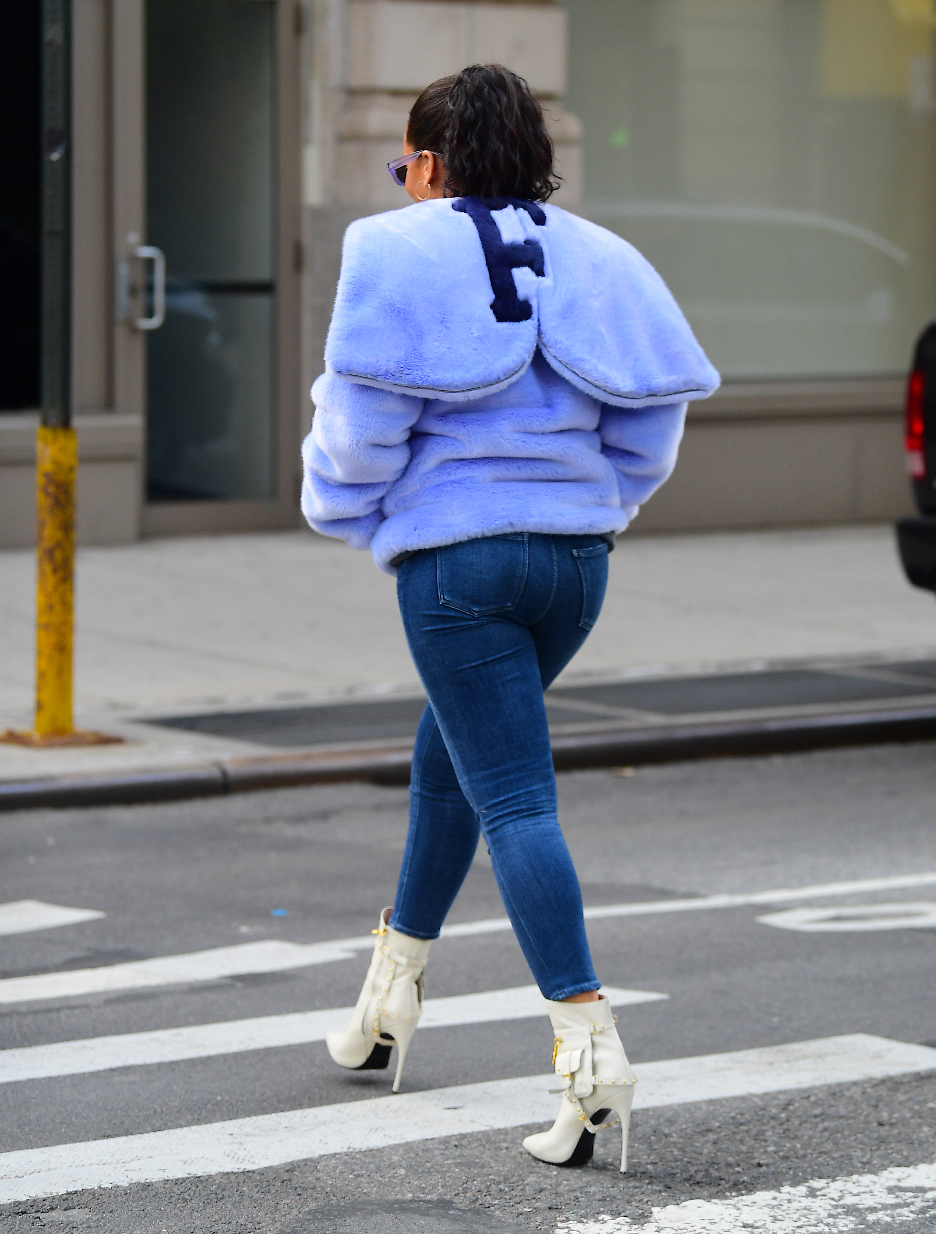 EXCLUSIVE: Rihanna was spotted out in NYC in the early hours of Friday morning. She left her apartment accompanied by a Large Bodyguard, who was given the embarrassing task of carrying her Porn Hub Bag. They walked around Soho before heading to The Blond Hotel. They remained inside from 2am until 8:30am . The sun was already shining bright as Riri left with a pal and headed back home. It is the second day in a row that she has been seen flaunting a giant diamond Ring on her engagement finger. She appeared in great spirits, showing off her curves in a tight fitting pair of jeans, while wearing a Powder Blue Faux Fur Hoodie, potentially a sneak preview of her new Line of Fenty clothing.  Yaken December 9th <P>  <B>Ref: SPL1635005  091217   EXCLUSIVE</B><BR/> Picture by: 247PAPS.TV / Splash News<BR/> </P><P> <B>Splash News and Pictures</B><BR/> Los Angeles:310-821-2666<BR/> New York:212-619-2666<BR/> London:870-934-2666<BR/> <span id=