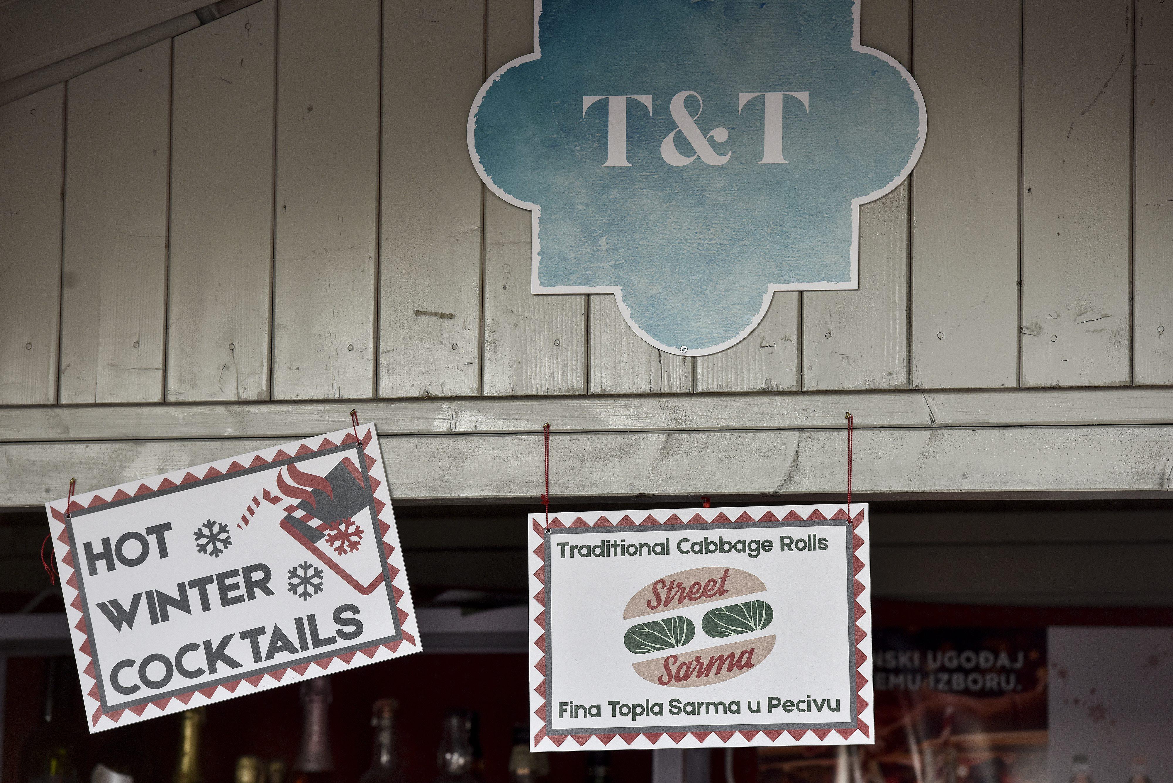 Zagreb, 061217. Fran Curkovic je vlasnik kucice T&T na Tomislavcu u sklopu Adventa. Foto: Sandra Simunovic / CROPIX