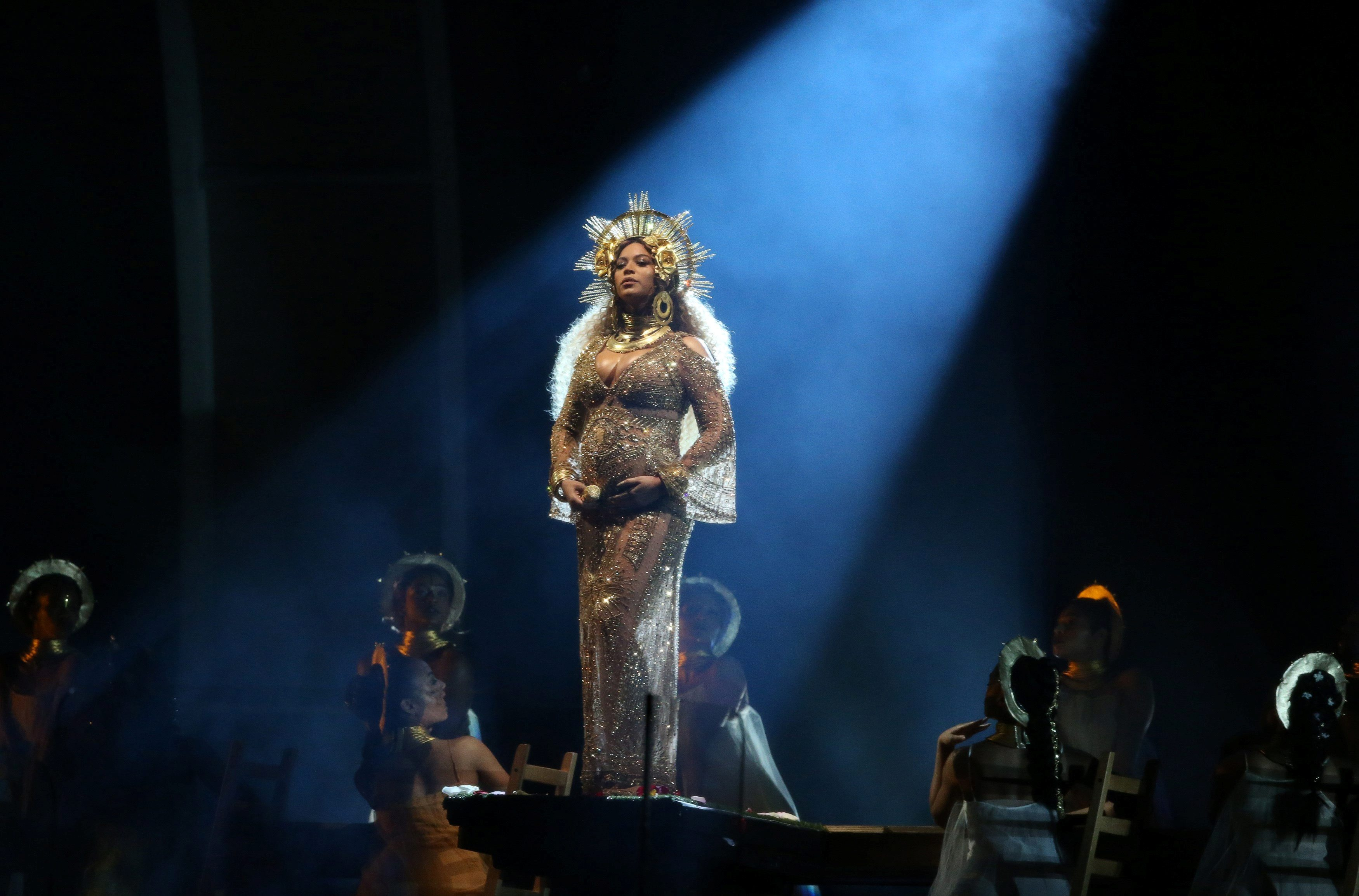 Beyonce performs at the 59th Annual Grammy Awards in Los Angeles, California, U.S. , February 12, 2017. REUTERS/Lucy Nicholson     TPX IMAGES OF THE DAY