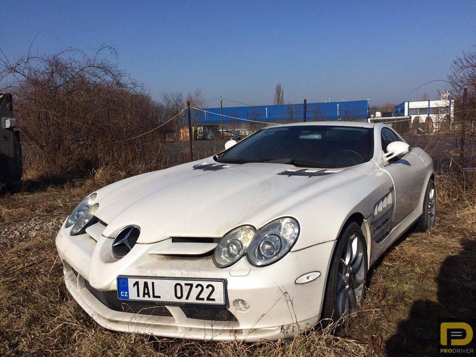 Mercedes-Benz SLR McLaren abandoned -4