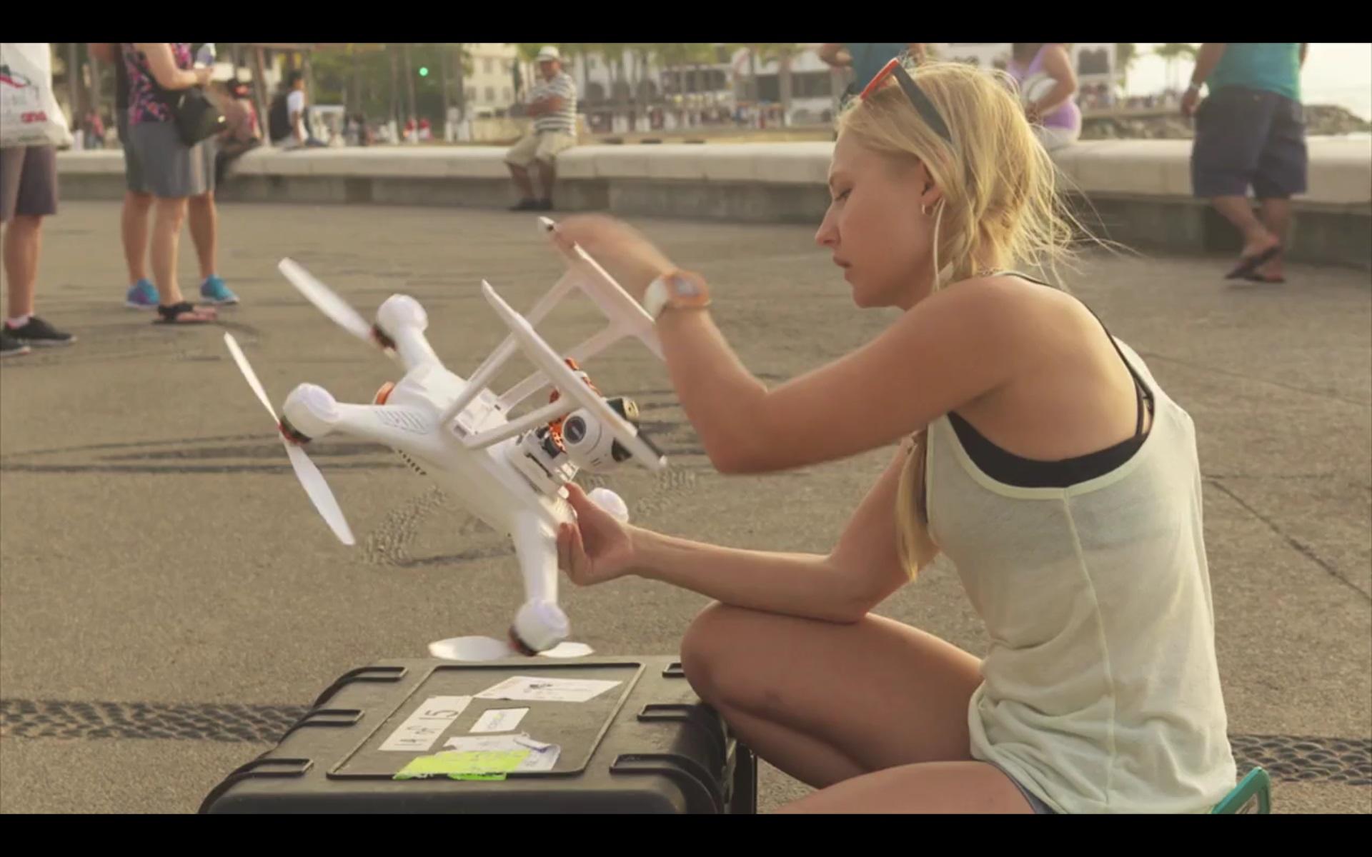 Dani Vierra iz serije 'Droned'