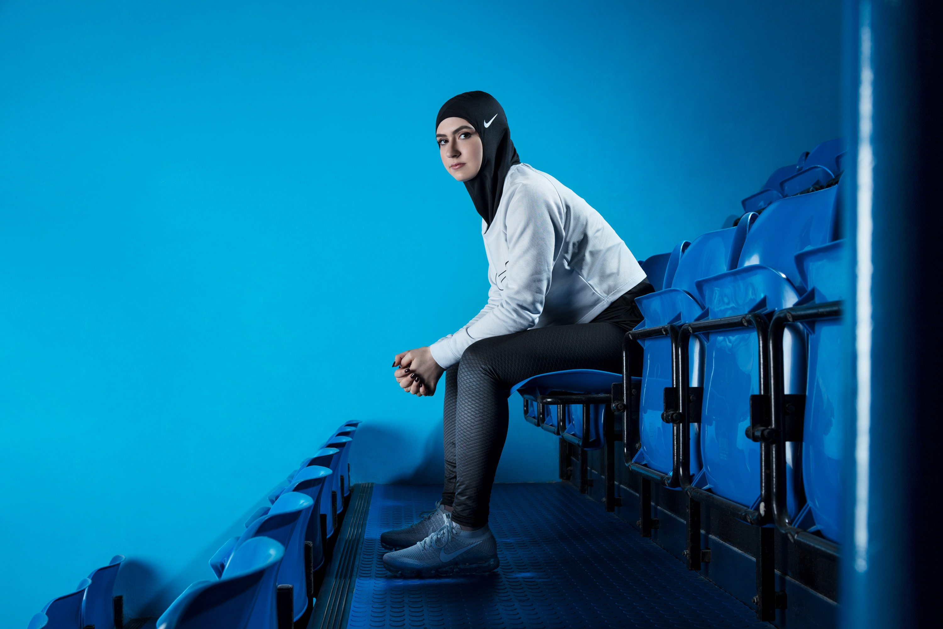 A woman poses in a Nike hijab being developed for Muslim women athletes, in an undate photo released by the company March 8, 2017.  Vivienne Balla/Nike/Handout via REUTERSTHIS IMAGE HAS BEEN SUPPLIED BY A THIRD PARTY. IT IS DISTRIBUTED, EXACTLY AS RECEIVED BY REUTERS, AS A SERVICE TO CLIENTSFOR EDITORIAL USE ONLY. NO RESALES. NO ARCHIVES