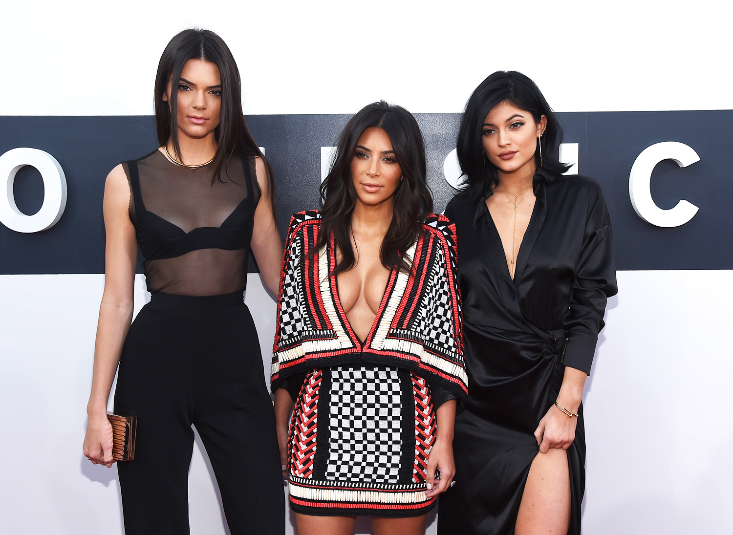 kardashian jenner_cover_GettyImages-454099512