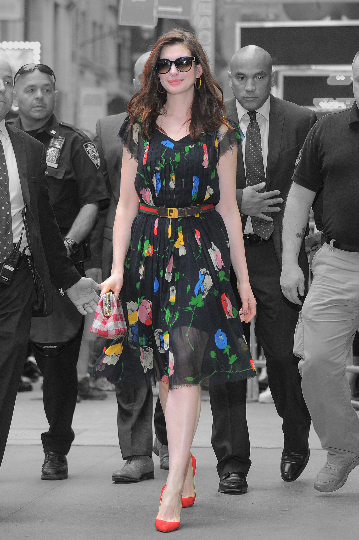 anne hathaway_cover_profimedia