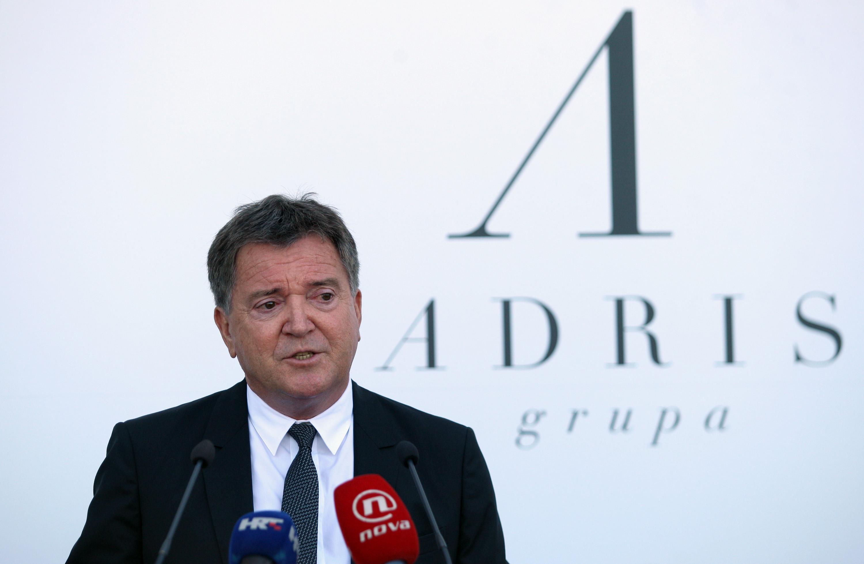 Ante Vlahović, Adris grupa