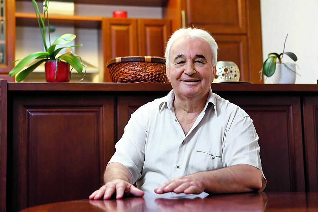 Osijek, 270814. Vencel Culjak je napisao doktorsku disertaciju o ekonomskom fenomenu Medjugorja odnosno kolika su financijska sredstva bila u opticaju u 33 godine. Na fotografiji: Vencel Culjak. Foto: Danijel Soldo / CROPIX