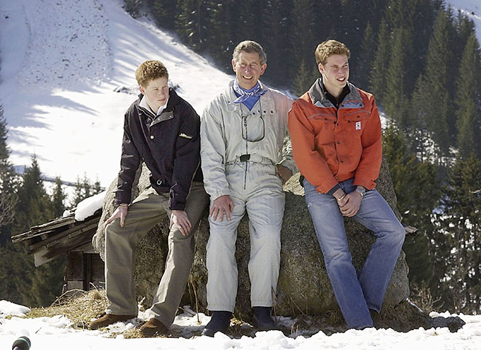 KLOSTERS, SWITZERLAND - MARCH 29:  (FILE PHOTO) Prince Charles and his sons William (R) and Harry (L) appear at a photocall March 29, 2002 in the Swiss village of Klosters at the start of his annual sking holiday in the Swiss Alps. Prince William will celebrate his 21st birthday on June 21, 2003.   (Photo by Julian Herbert/Getty Images)