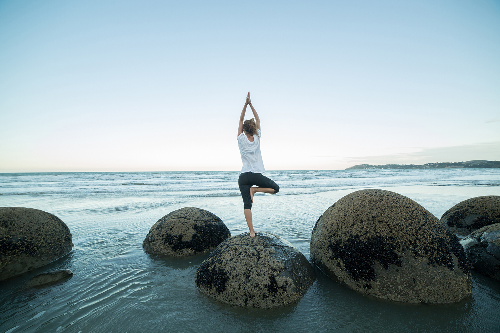 yoga sri lanka_iStock-522140104