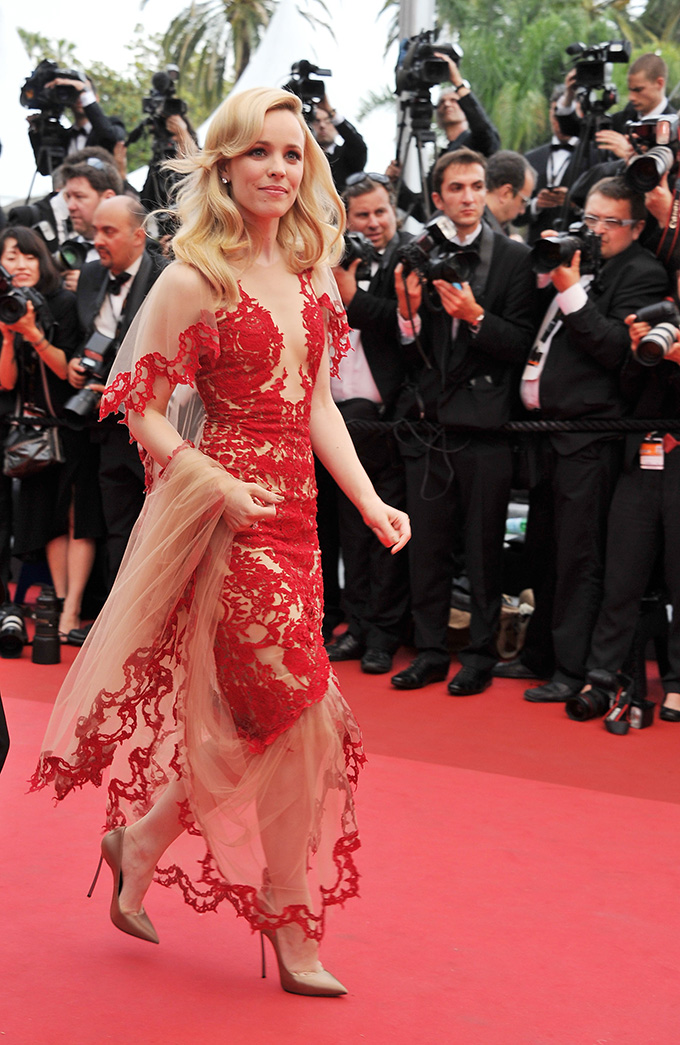 CANNES, FRANCE - MAY 11:  Actress Rachel McAdams attends the 'Midnight In Paris' premiere at the Palais des Festivals during the 64th Cannes Film Festival on May 11, 2011 in Cannes, France.  (Photo by Pascal Le Segretain/Getty Images)