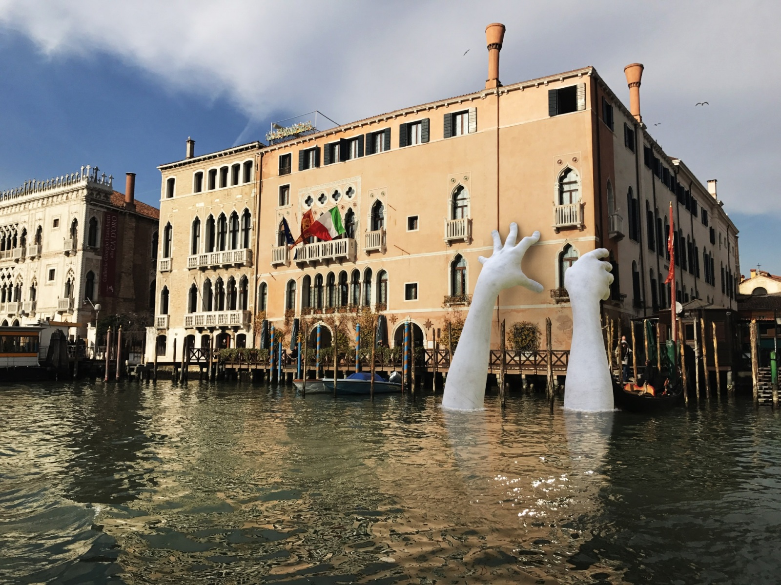 Lorenzo_Quinn_Venice_Biennale_Halcyon_Gallery_b