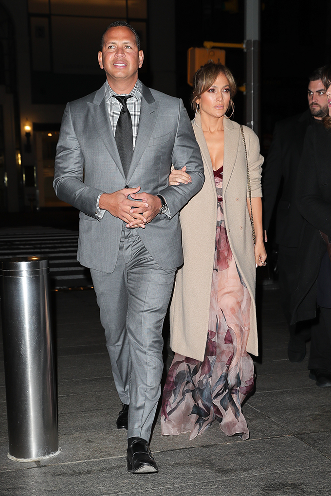 Jennifer Lopez and Alex Rodriguez are spotted arm-in-arm while arriving to have dinner at Nobu restaurant in Midtown, New York City <P> Pictured: Jennifer Lopez and Alex Rodriguez <B>Ref: SPL1498749  140517  </B><BR/> Picture by: Felipe Ramales / Splash News<BR/> </P><P> <B>Splash News and Pictures</B><BR/> Los Angeles:310-821-2666<BR/> New York:212-619-2666<BR/> London:870-934-2666<BR/> <span id=