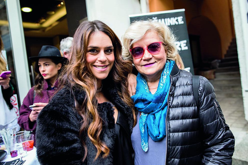 Na fotografiji: Ana Maras i Nina Erak Svrtan.