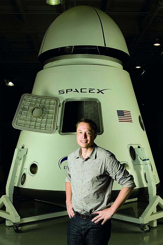 LOS ANGELES - JULY 25: Elon Musk poses for a portrait at  in Los Angeles, California on July 25, 2008. (Photo by Dan Tuffs/Getty Images)