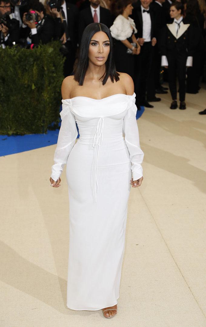 Metropolitan Museum of Art Costume Institute Gala - Rei Kawakubo/Comme des Garcons: Art of the In-Between - Arrivals - New York City, U.S. - 01/05/17 - Kim Kardashian. REUTERS/Lucas Jackson