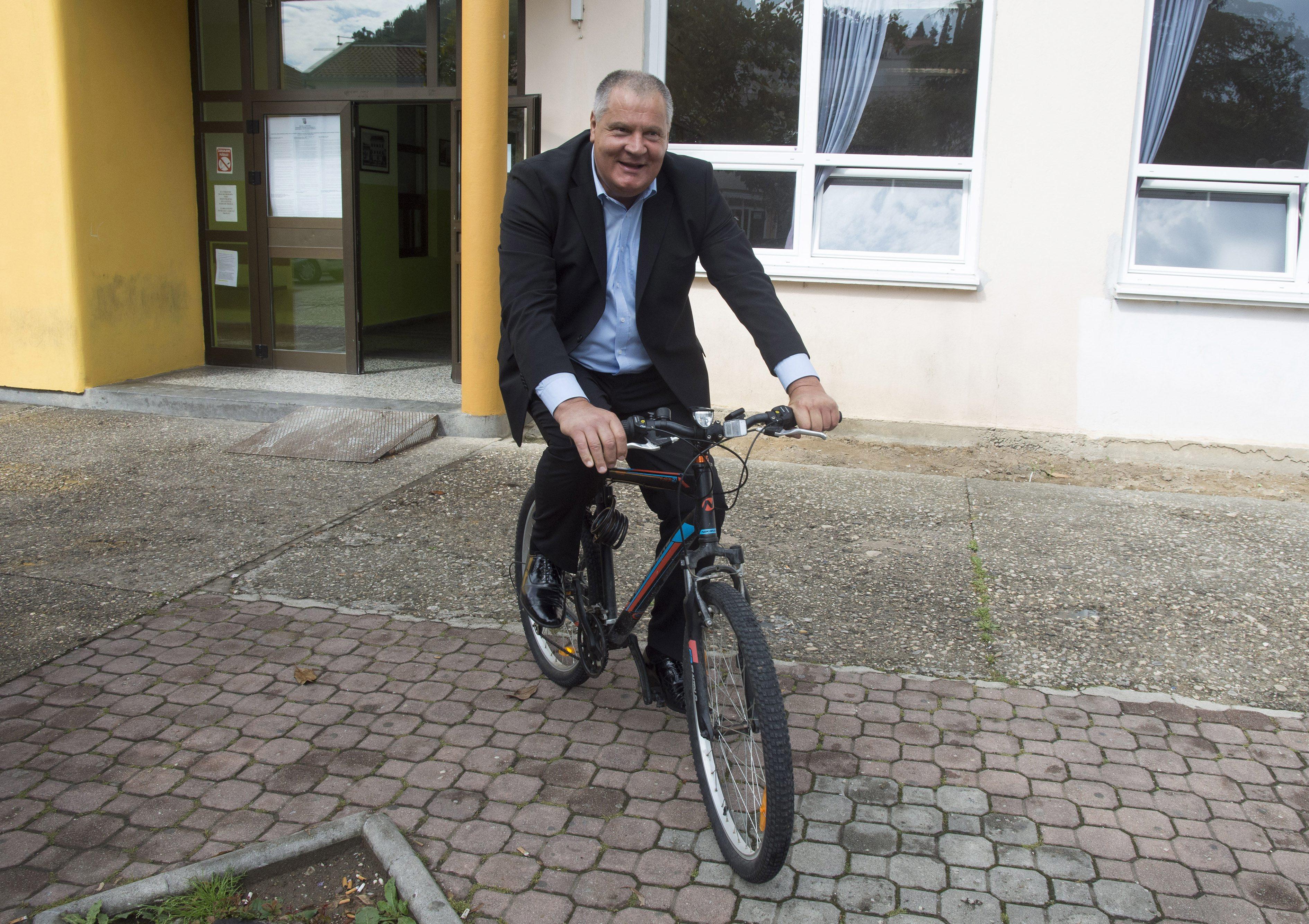 Na fotografiji: Stipe Gabrić Jambo, kandidat HSS-a za gradonačelnika Metkovića