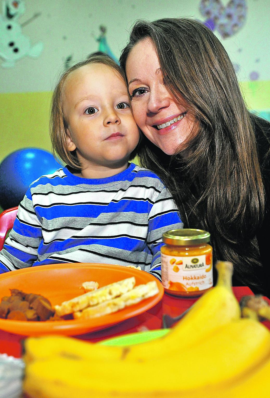 Vegani Natalija Svrtan i njezin četverogodišnji sin Toni