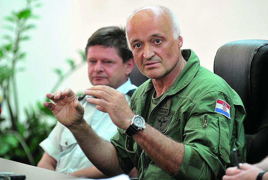 Pilot HRZ-a Ivan Selak