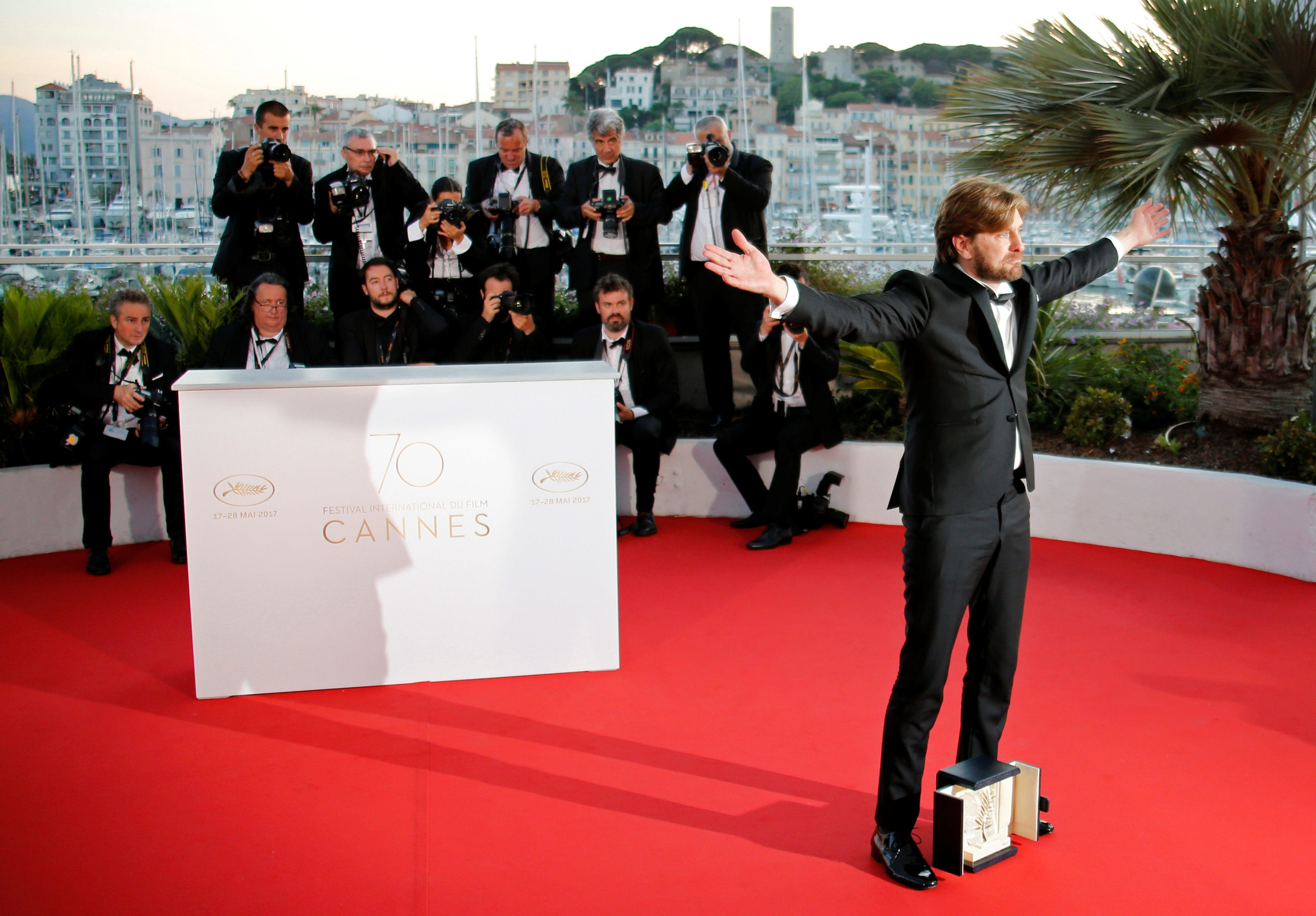 70th Cannes Film Festival Äi Photocall after Closing ceremony - Cannes, France. 28/05/2017. irector Ruben Ostlund , Palme d'Or award winner for his film