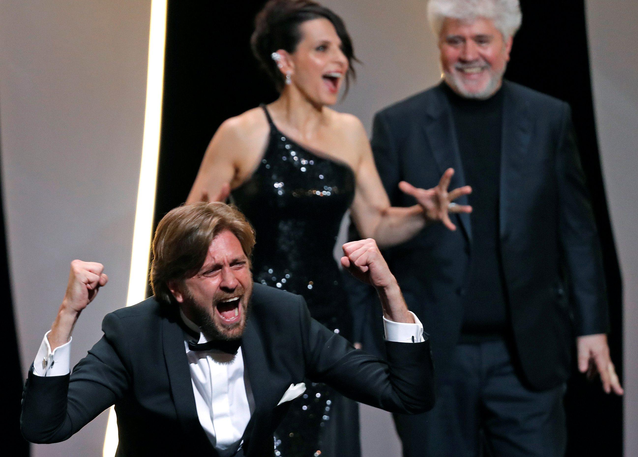70th Cannes Film Festival - Closing ceremony - Cannes, France. 28/05/2017. Director Ruben Ostlund , Palme d'Or award winner for his film