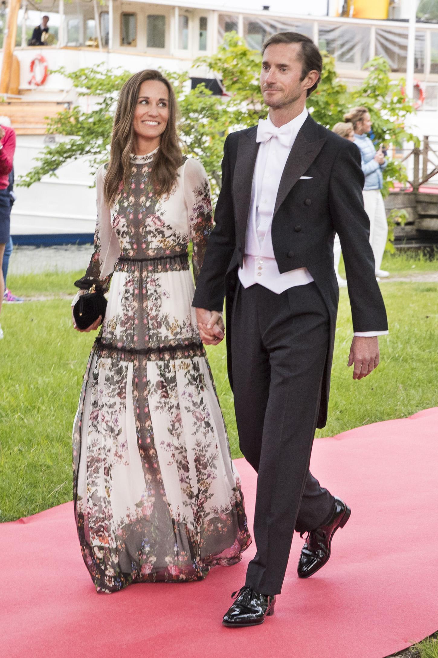 Pippa Middleton i James Matthews na vjenčanju Jönsa Bartholdsona i Anne Ridderstad u Švedskoj, lipanj 2017