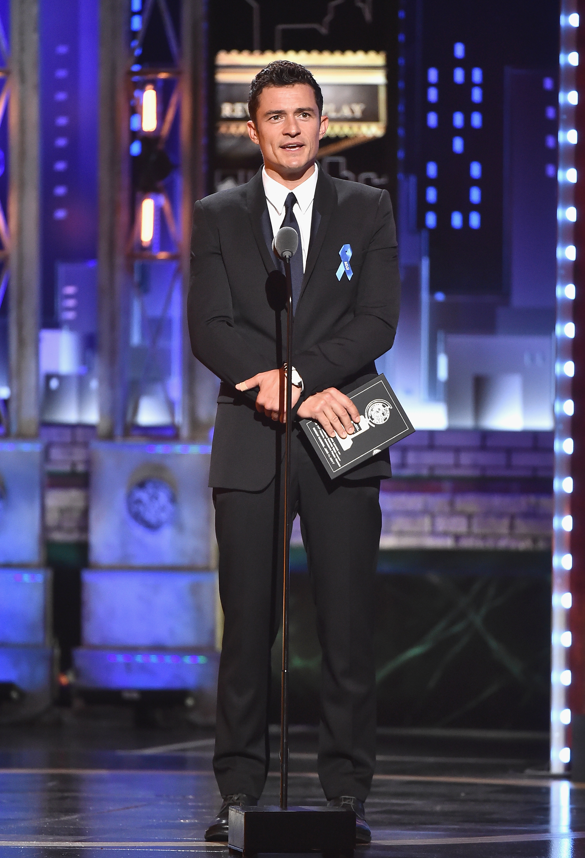 NEW YORK, NY - JUNE 11:  Orlando Bloom speaks onstage during the 2017 Tony Awards at Radio City Music Hall on June 11, 2017 in New York City.  (Photo by Theo Wargo/Getty Images for Tony Awards Productions)
