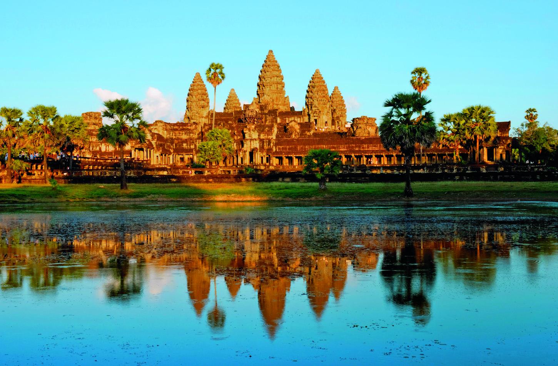 Tornjevi Angkor Wata izrađeni su u obliku lotosovog cvijeta i simboliziraju dom bogova