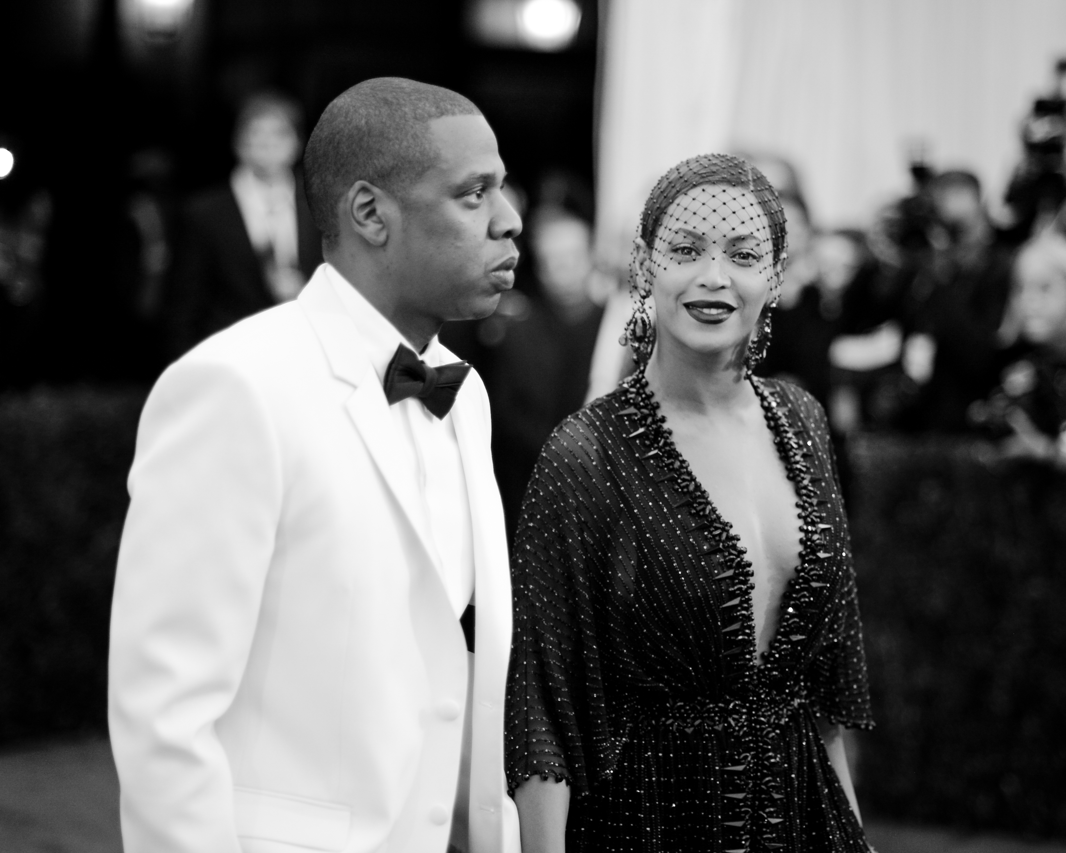 NEW YORK, NY - MAY 05:  [EDITOR'S NOTE: Image has been digitally processed] Jay-Z and Beyonce attend the