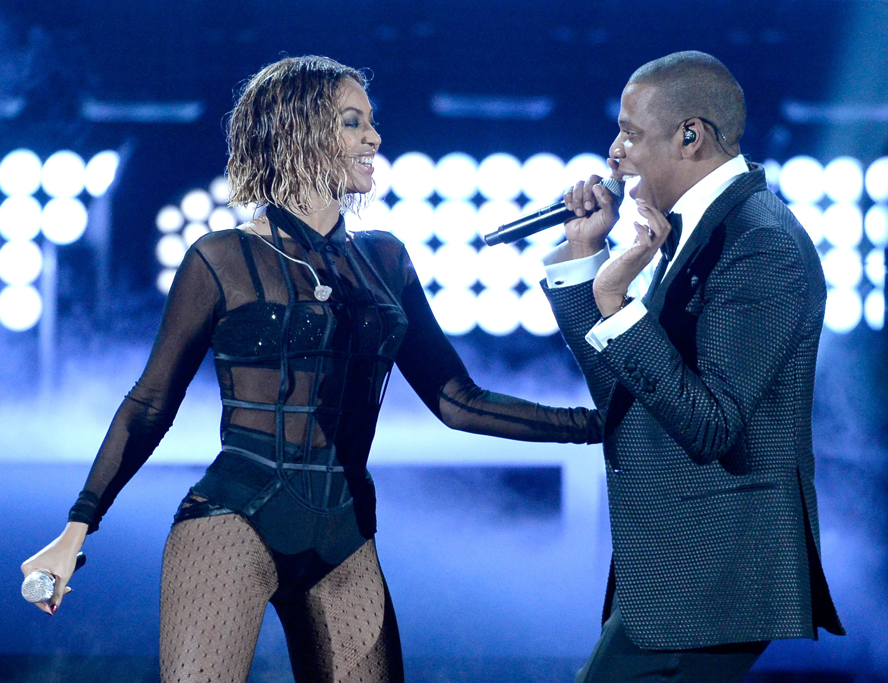 LOS ANGELES, CA - JANUARY 26:  Singer Beyonce and rapper Jay Z perform onstage during the 56th GRAMMY Awards at Staples Center on January 26, 2014 in Los Angeles, California.  (Photo by Kevork Djansezian/Getty Images)