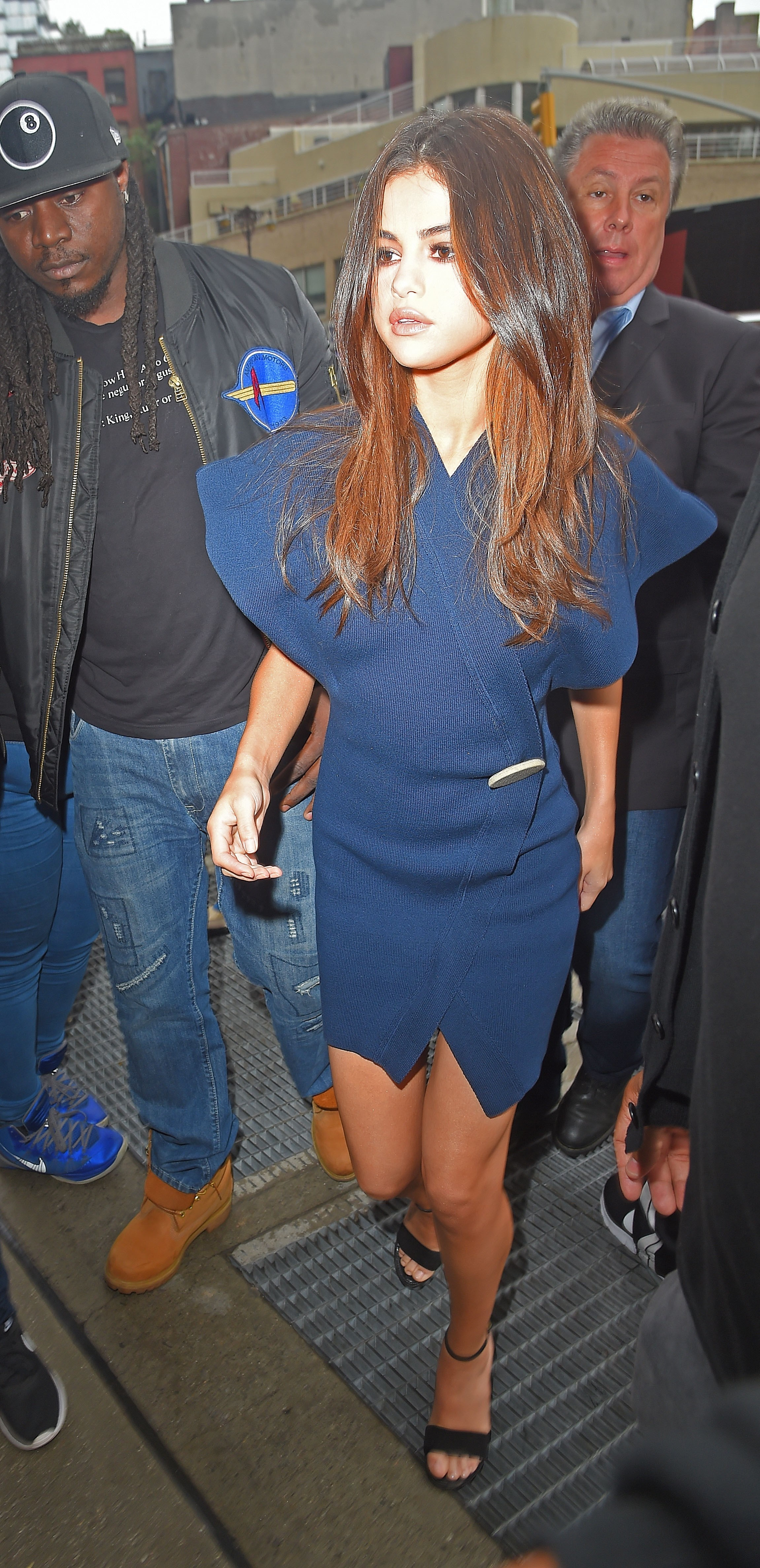 New York, NY  - Selena Gomez is spotted out in Manhattan. The 'Bad Liar' singer shows off her chic fashion style in a mini blue wrap dress. She rocks a natural makeup look as she is spotted out during another day in NYC.  Pictured: Selena Gomez  BACKGRID USA 5 JUNE 2017, Image: 335143788, License: Rights-managed, Restrictions: , Model Release: no, Credit line: Profimedia, AKM-GSI