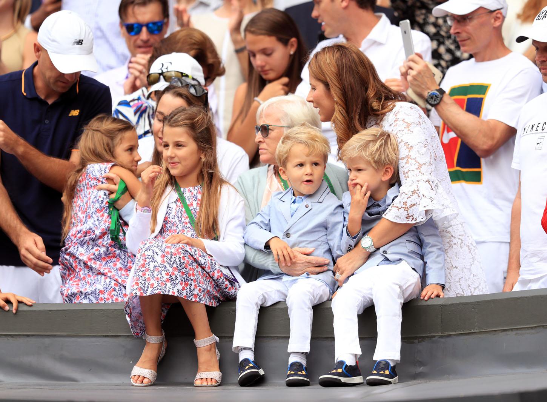 Mirka Federer s blizancima