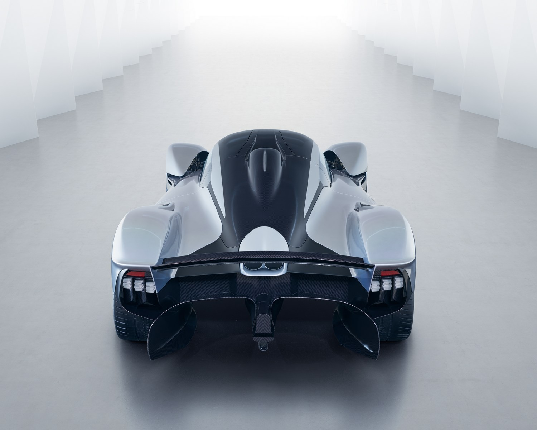 Aston-Martin-Valkyrie-13