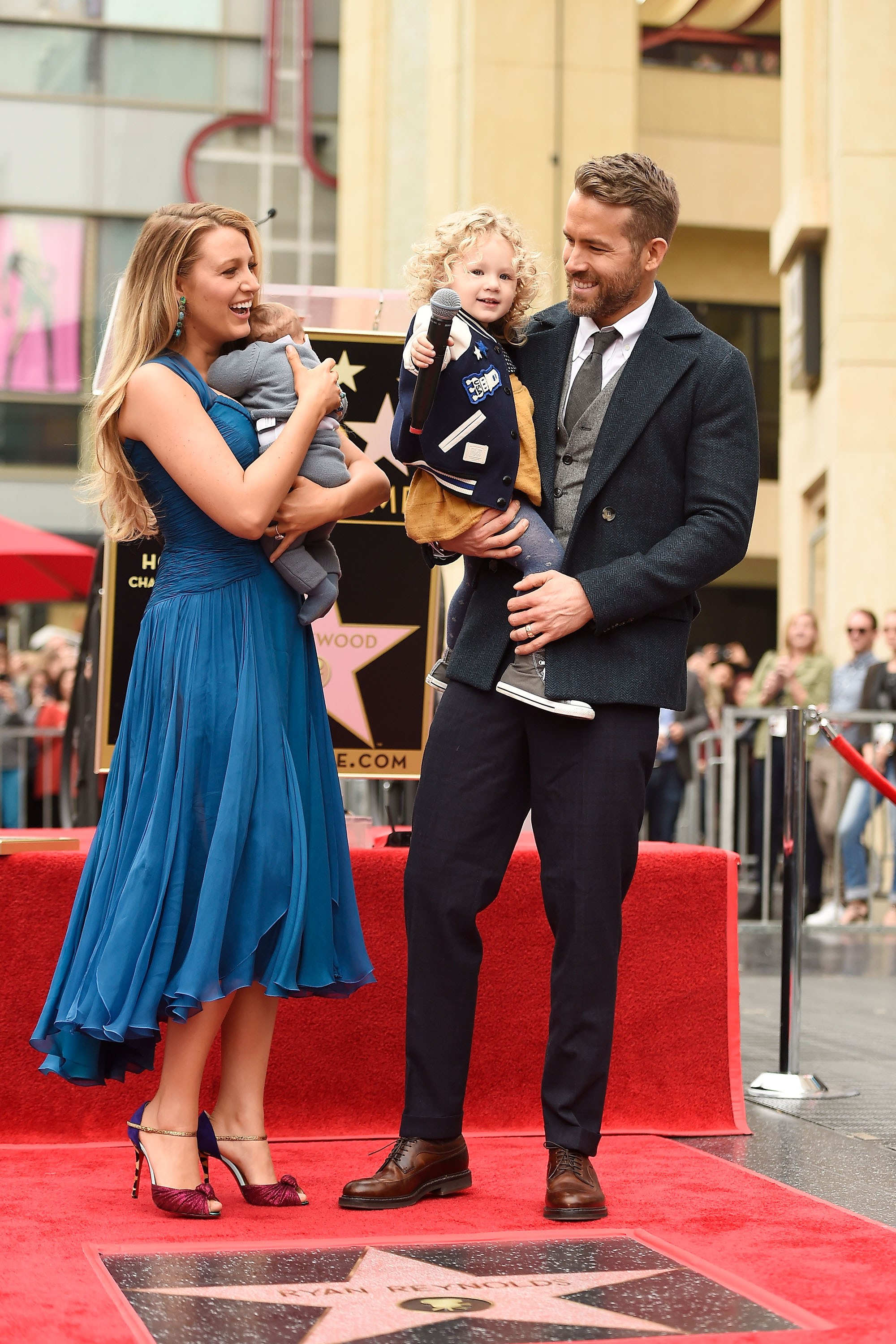 HOLLYWOOD, CA - DECEMBER 15:   Actors Blake Lively (L) and Ryan Reynolds pose with their daughters as Ryan Reynolds is honored with star on the Hollywood Walk of Fame on December 15, 2016 in Hollywood, California.  (Photo by Matt Winkelmeyer/Getty Images)