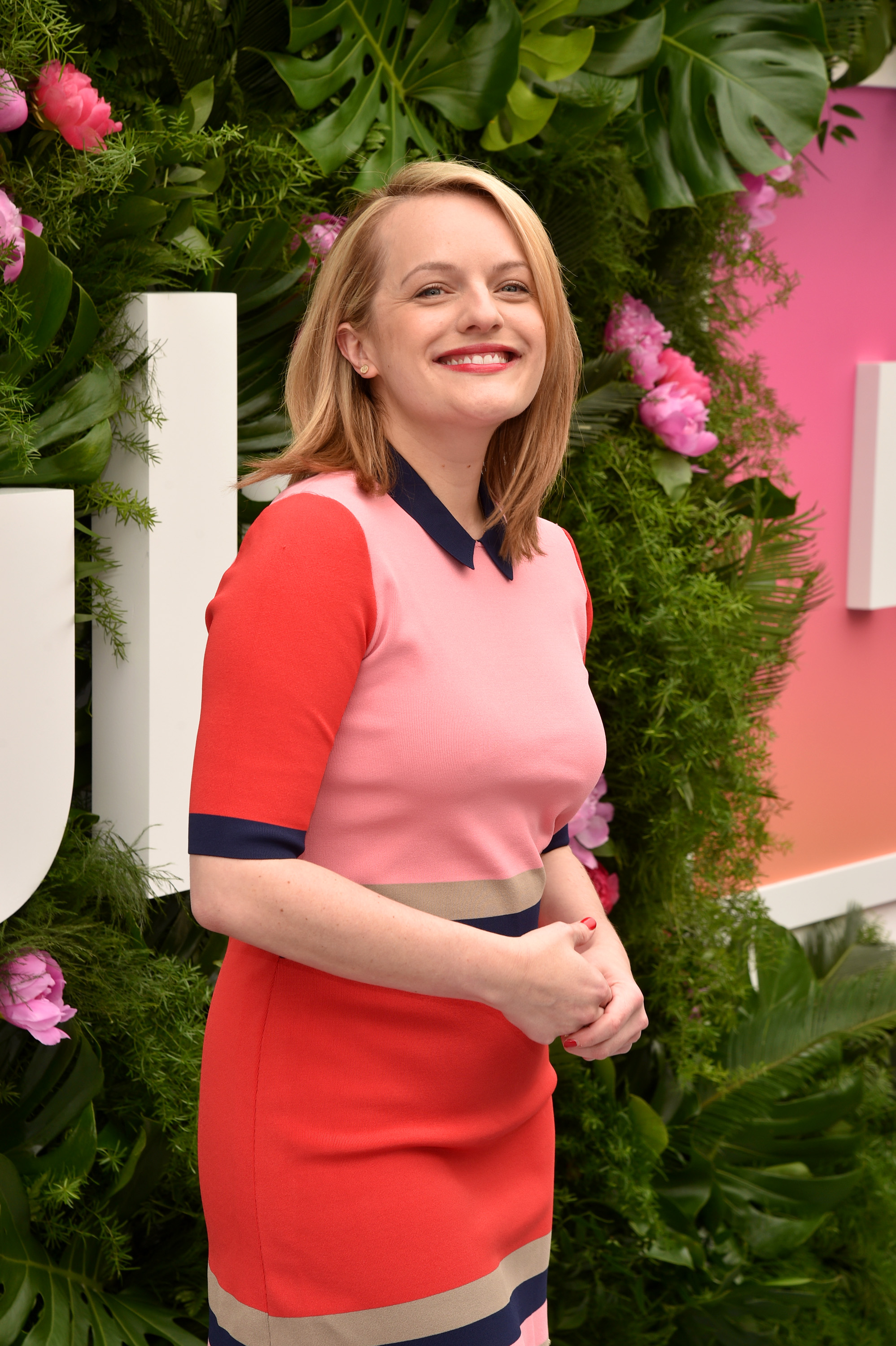 NEW YORK, NY - MAY 03:  Actress Elizabeth Moss attends the Hulu Upfront Brunch at La Sirena Ristorante on May 3, 2017 in New York City.  (Photo by Bryan Bedder/Getty Images for Hulu)
