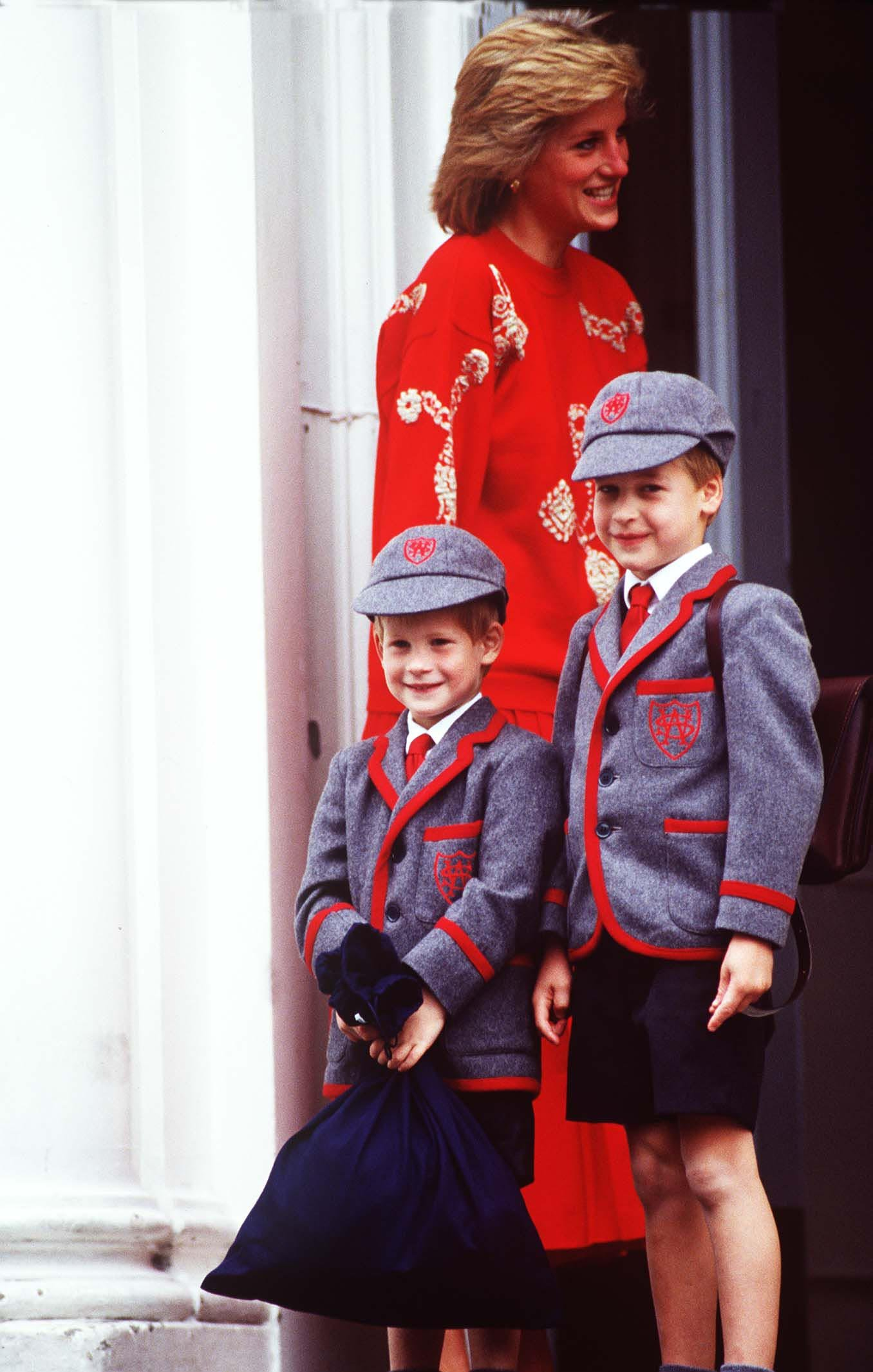 HRH PRINCESS OF WALES with her sons HRH PRINCE HARRY and Right: HRH PRINCE WILLIAM Outside Wetherby School in London on Prince Harry's first day, Image: 22089197, License: Rights-managed, Restrictions: For queries call UPPA + 44 (0)20 7421 6000, Model Release: no, Credit line: Profimedia, UPPA News