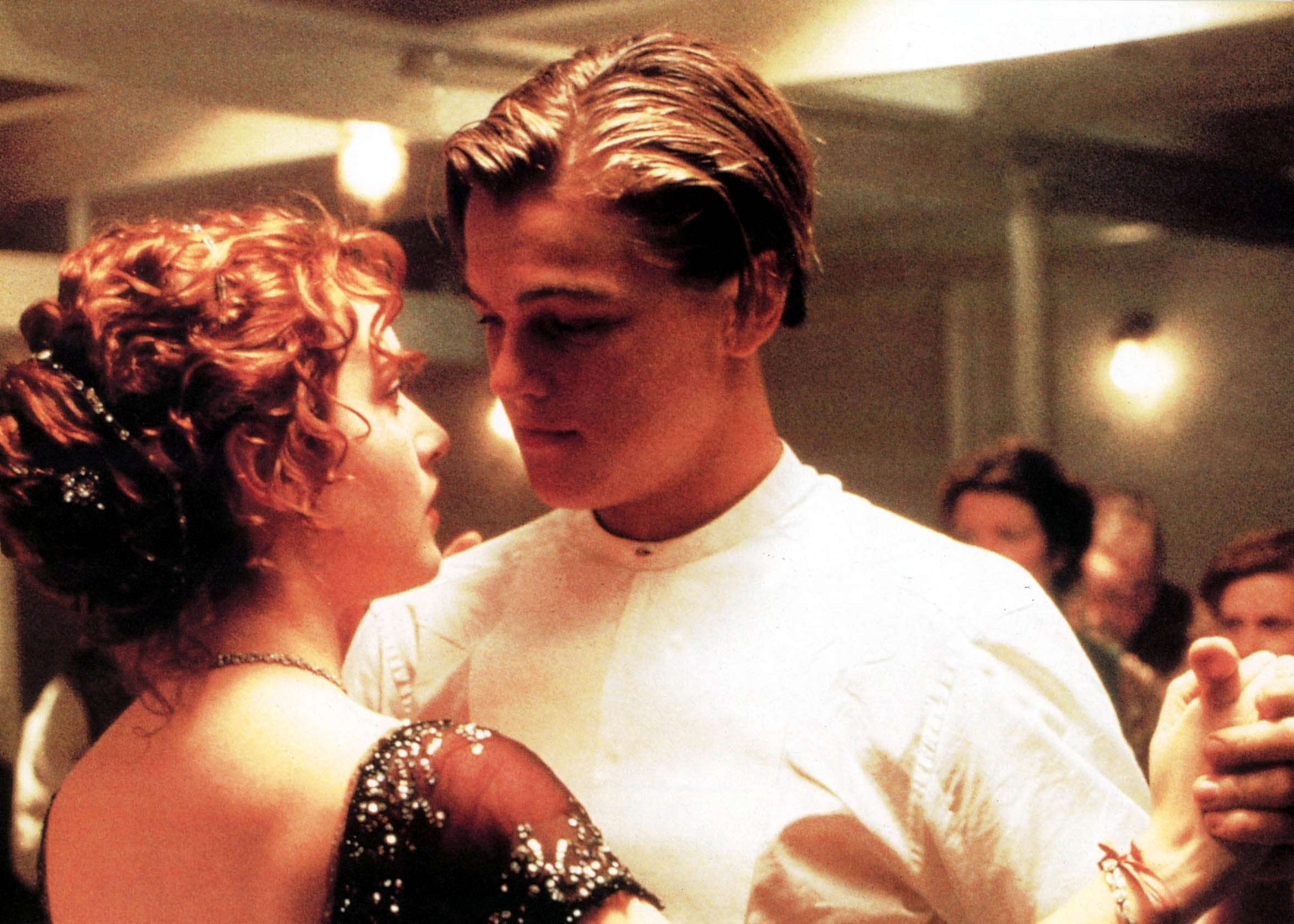 TITANIC [US 1997]  KATE WINSLET, LEONARDO DICAPRIO     Date: 1997, Image: 43121532, License: Rights-managed, Restrictions: , Model Release: no, Credit line: Profimedia, Mary Evans Picture Librar