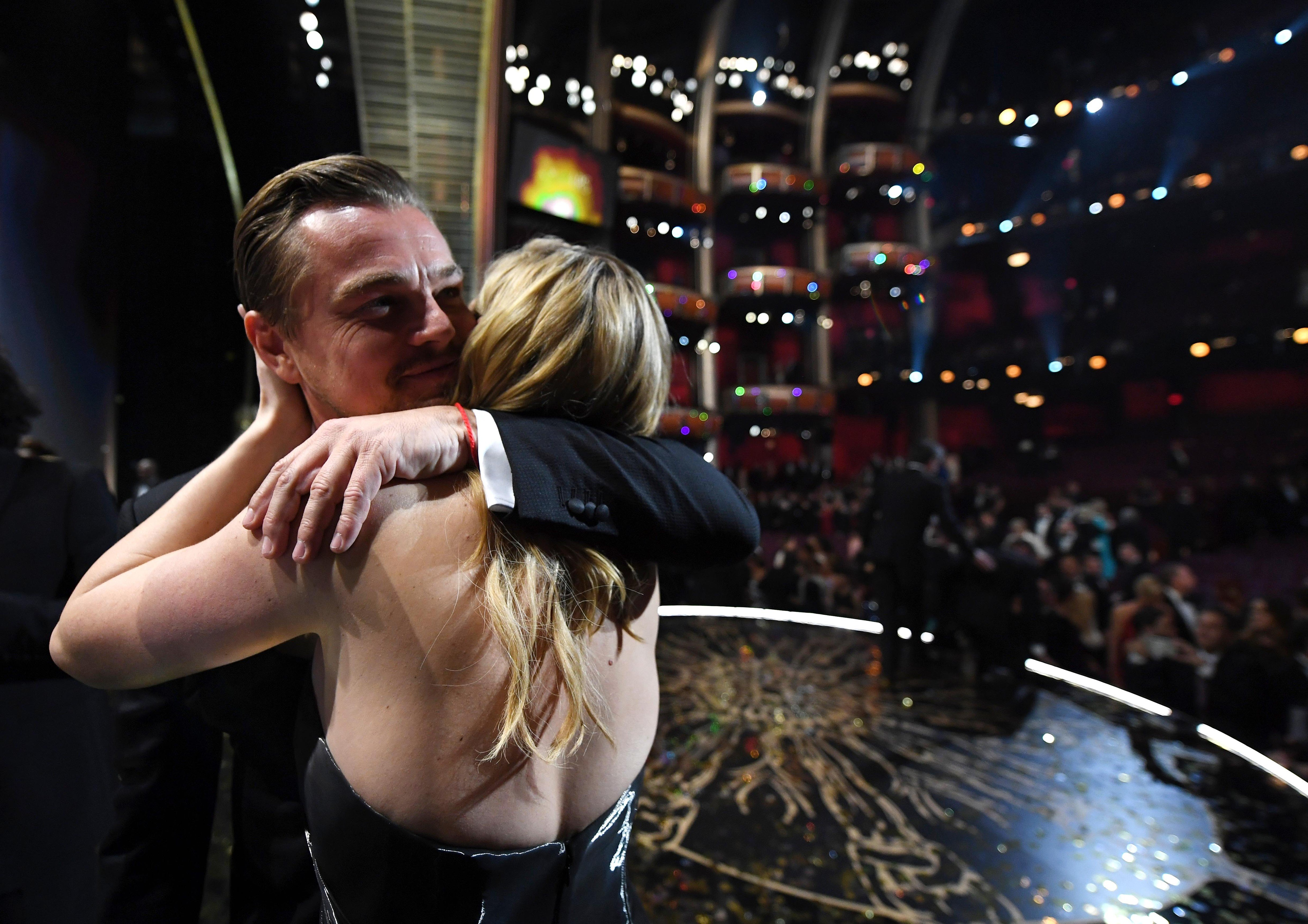 Feb 28, 2016; Hollywood, CA, USA;   Leonardo DiCaprio celebrates with Kate Winslet after he accepts Best Actor for 'The Revenant'  during the 88th annual Academy Awards at the Dolby Theatre., Image: 275720724, License: Rights-managed, Restrictions: *** World Rights ***, Model Release: no, Credit line: Profimedia, SIPA USA