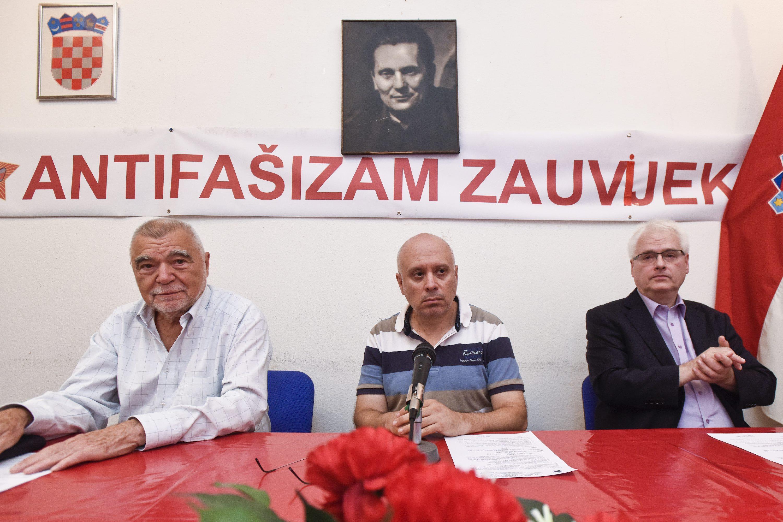 Stipe Mesić, Marin Knezović i Ivo Josipović